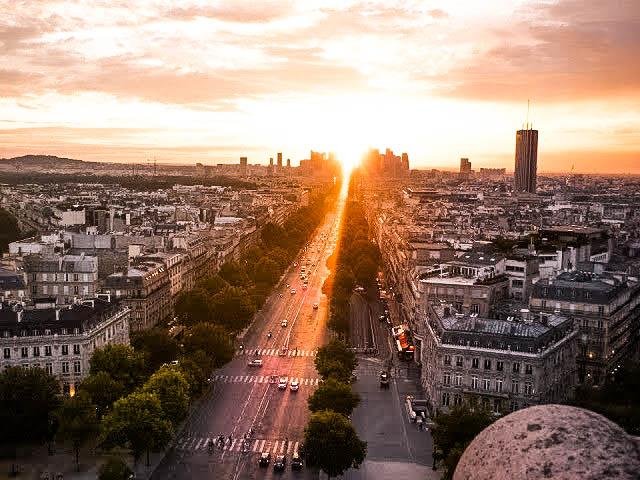 arc-de-triomphe-view-1-of-1
